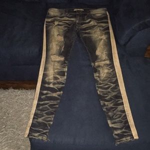 Four pairs of men's jeans size 34